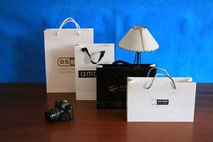 hacer una bolsa de papel de lujo personalizada
