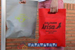 Bolsas TST Asa Troquelada Rojo y Gris